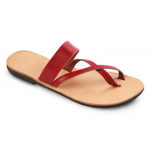 Sandales grecques en cuir rouge Aphrodite, fabriquées à la main en Crète, vue de 3/4