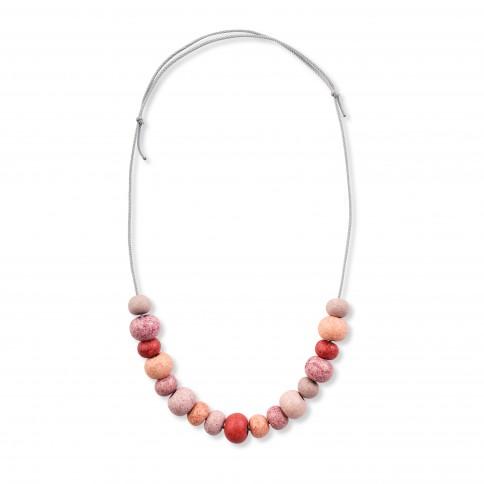 Collier Sifnos avec des perles céramiques multi rouge Poupadou, vu de face