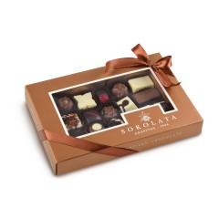 Assortiment de chocolats et pralinés, Sokolata Agapitos, vu de face
