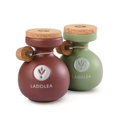 Huile d'olive bio Koroneiki et vinaigre bio doux à la bergamote Ladolea, vue des amphores