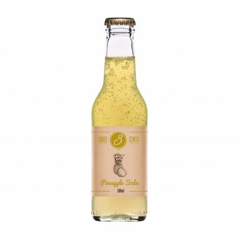"""Soda à l'ananas """"Pineapple Soda"""" Three Cents en bouteille de 20cl, vu de face"""