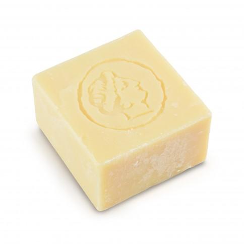Savon à l'huile d'olive pure parfum camomille 150g LESVOS GOLD, vu de dessus