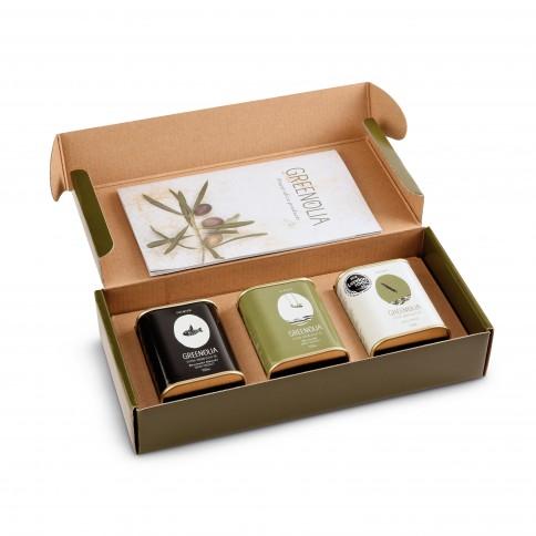 Coffret cadeau d'huiles d'olive extra vierge 3x100ml Greenolia avec l'emballage ouvert vu de haut