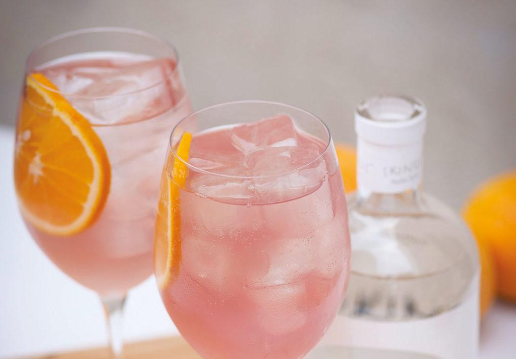 Cocktail Greek Spritz à la liqueur de Mastiha Skinos, Otto's Athens Vermouth et soda pamplemousse ThreeCents