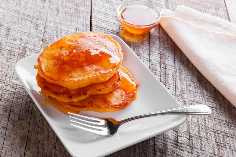 Tiganites, ou pancakes à la grecque