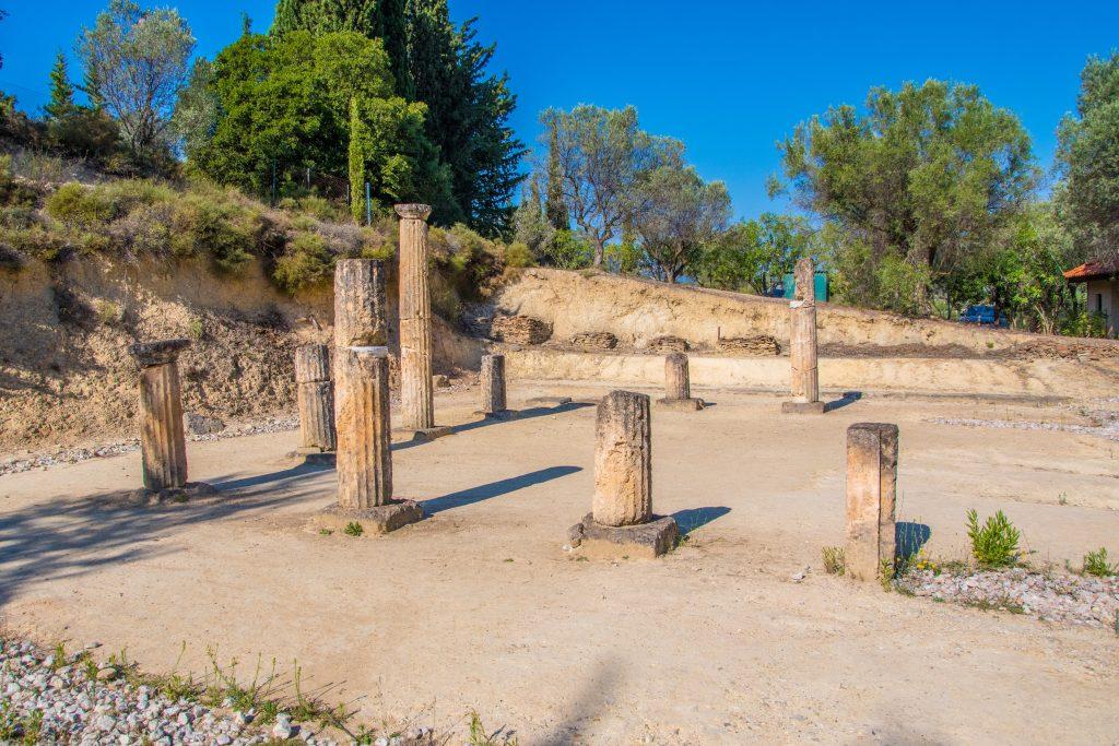 L'Apodytirion (vestiaire antique) situé au stade sur le site archéologique de Némée dans le Péloponnèse