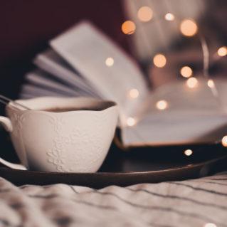 Le thé des montagnes et tilleul, une boisson pour sommeil tranquille