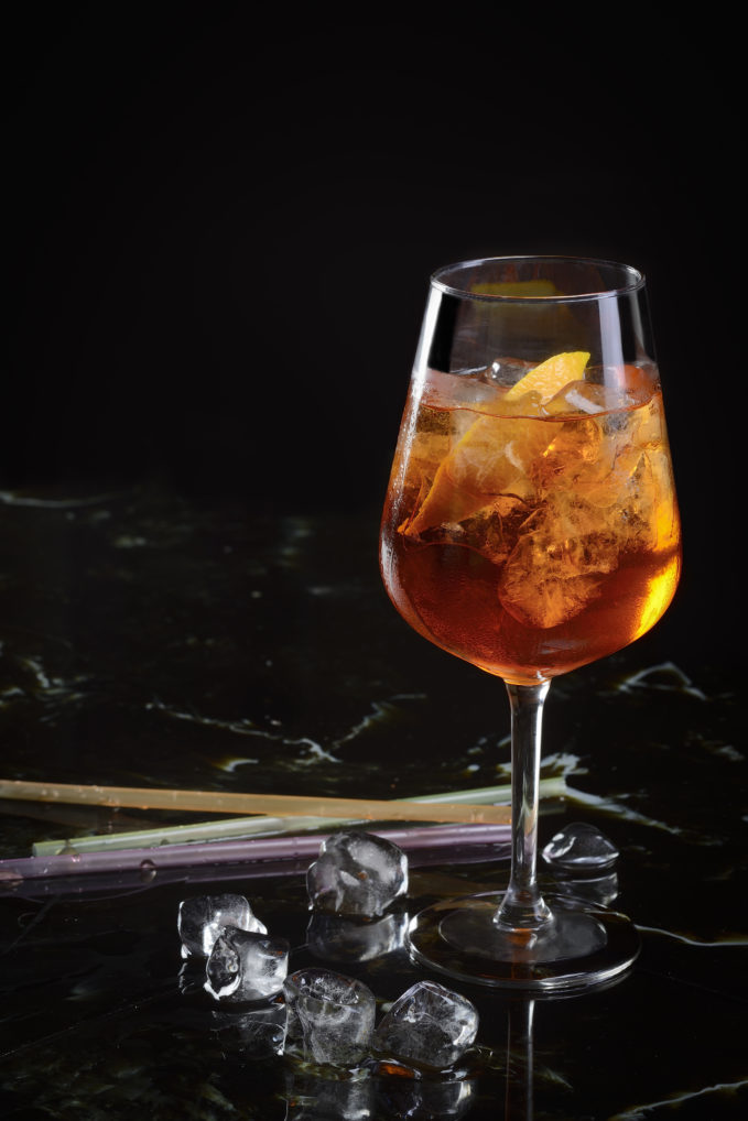 Un apéritif Spritz, fait avec de l'Otto's Athens Vermouth